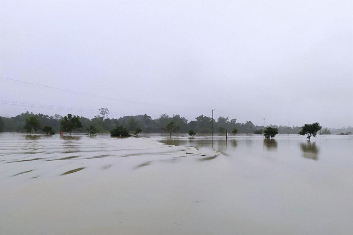 Điểm ngập lụt tại thôn 1 Bồng Giang, nơi ông Hóa gặp nạn. Ảnh: Hùng Lê