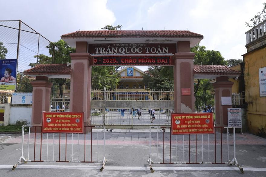 Trường Tiểu học Trần Quốc Toản, nơi xảy ra sự việc. Ảnh: Võ Thạnh.