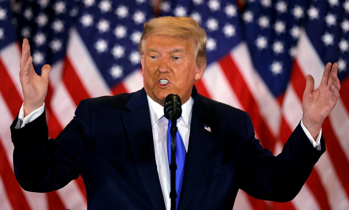 Trump phát biểu tại Nhà Trắng rạng sáng 4/11. Ảnh: Reuters.