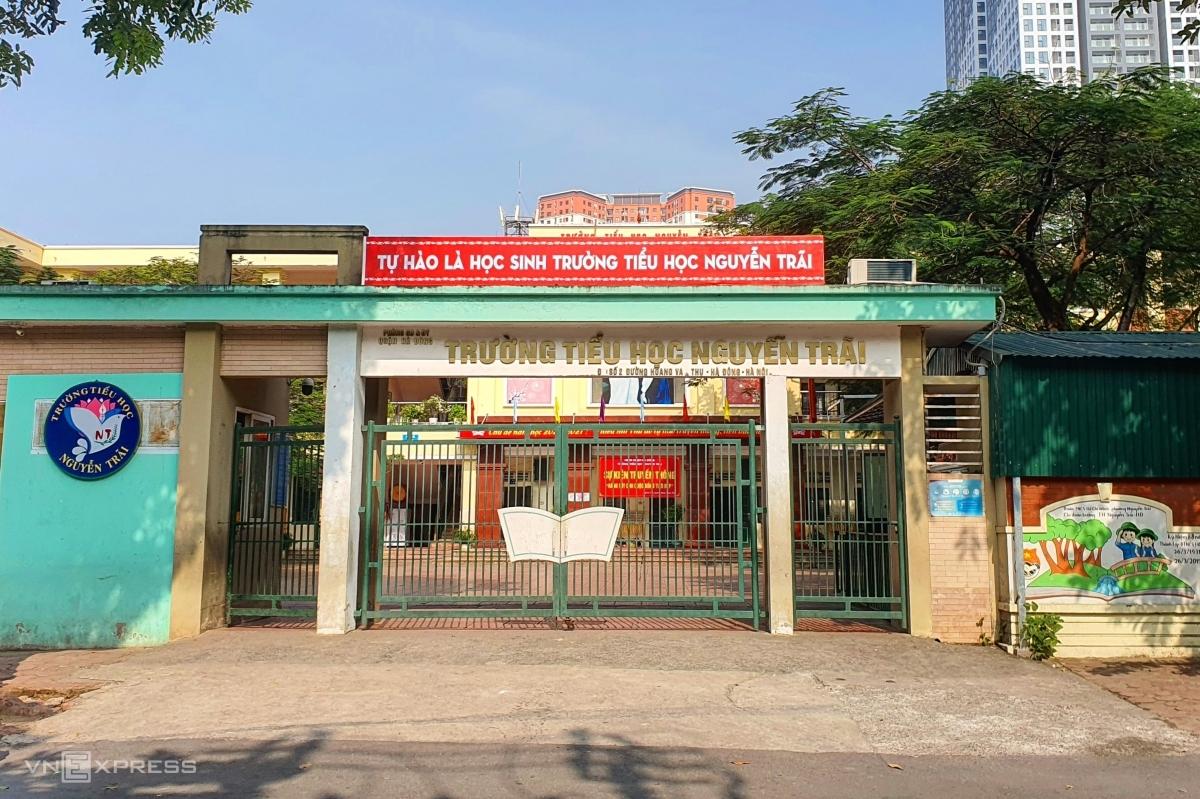 Trường Tiểu học Nguyễn Trãi, quận Hà Đông, trong giờ học sáng 5/11. Ảnh: Thanh Hằng