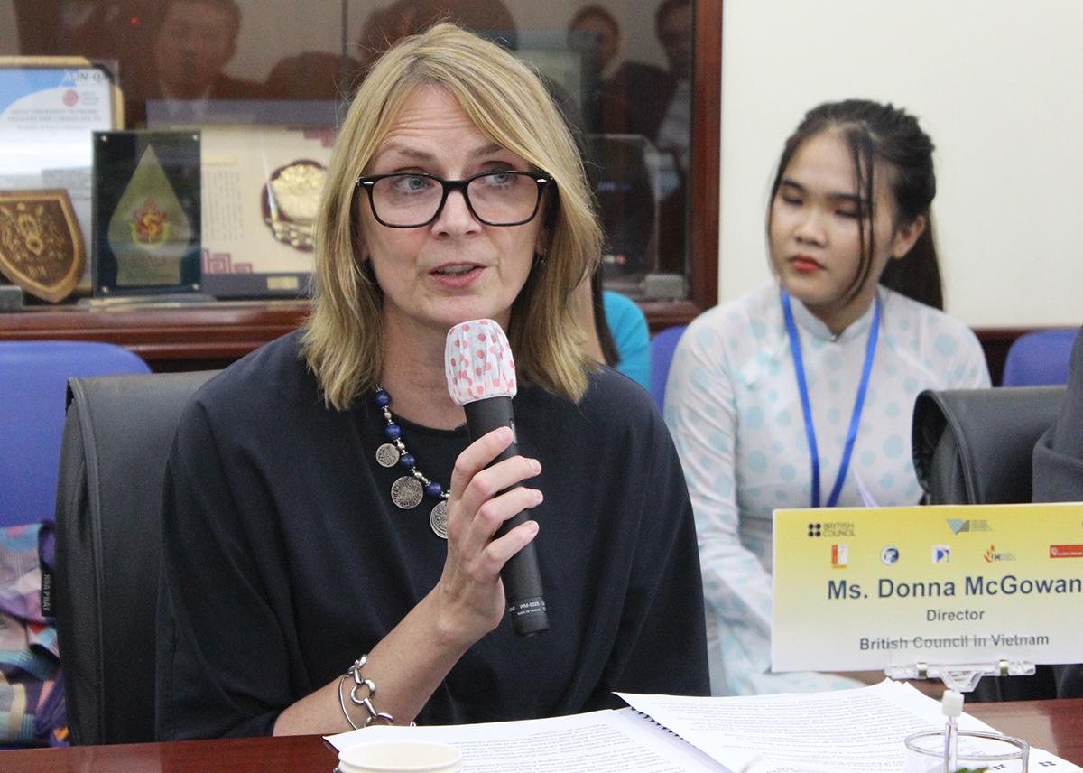 Bà Donna McGowan, Giám đốc Hội đồng Anh