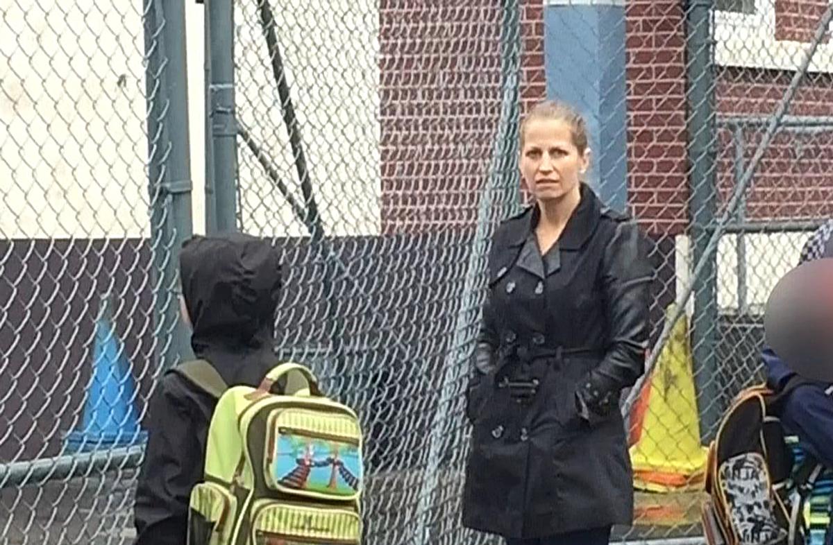 Karla Homolka gây ồn ào vào năm 2017 khi bị phát hiện làm tình nguyện tại trường tiểu học. Ảnh: MONTREAL.