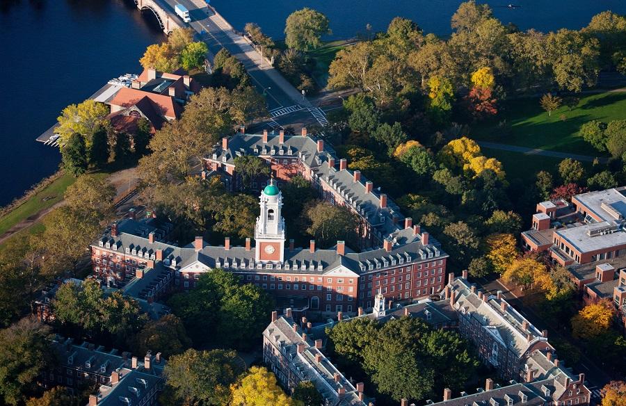 Khuôn viên Đại học Harvard nhìn từ trên cao. Ảnh: Shutterstock.