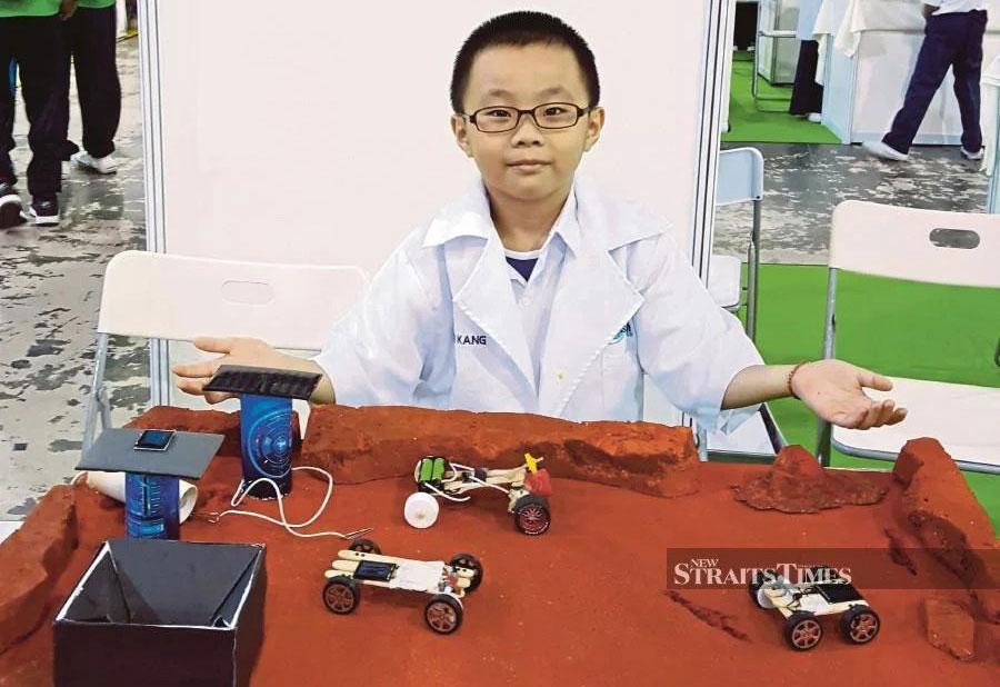 Zyson tham dự Hội chợ Khoa học tại thủ đô Kuala Lumpur, Malaysia năm 2019. Ảnh: NST