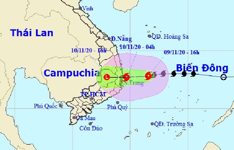 Đường đi của bão Etau theo dự báo của Trung tâm Dự báo Khí tượng Thủy văn Quốc gia lúc 17h chiều 9/11. Ảnh: NCHMF.
