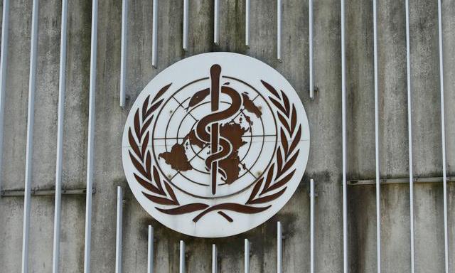 Logo tại trụ sở Tổ chức Y tế Thế giới (WHO) ở Geneva, Thụy Sĩ. Ảnh: Reuters.