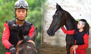Cô gái huấn luyện ngựa đua