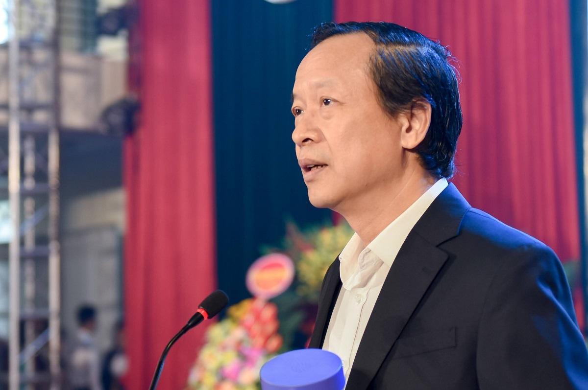 Thứ trưởng Giáo dục và Đào tạo Phạm Ngọc Thưởng phát biểu tại lễ khai mạc hội thi. Ảnh: MOET.