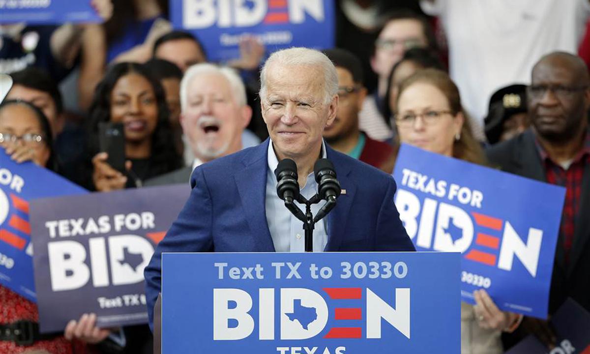 Joe Biden phát biểu tại sự kiện vận động tranh cử ở Houston, bang Texas hồi tháng 3. Ảnh: AP.