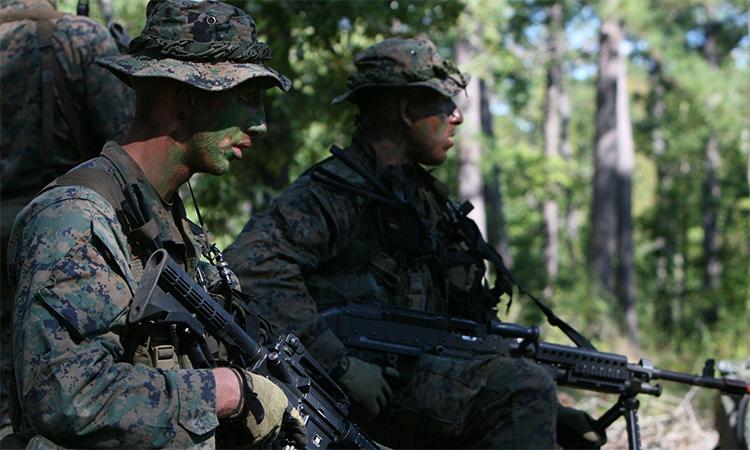 Binh sĩ thủy quân lục chiến Mỹ tham gia diễn tập tại căn cứ  Lejeune, Bắc Carolina, tháng 12/2011. Ảnh: USMC.