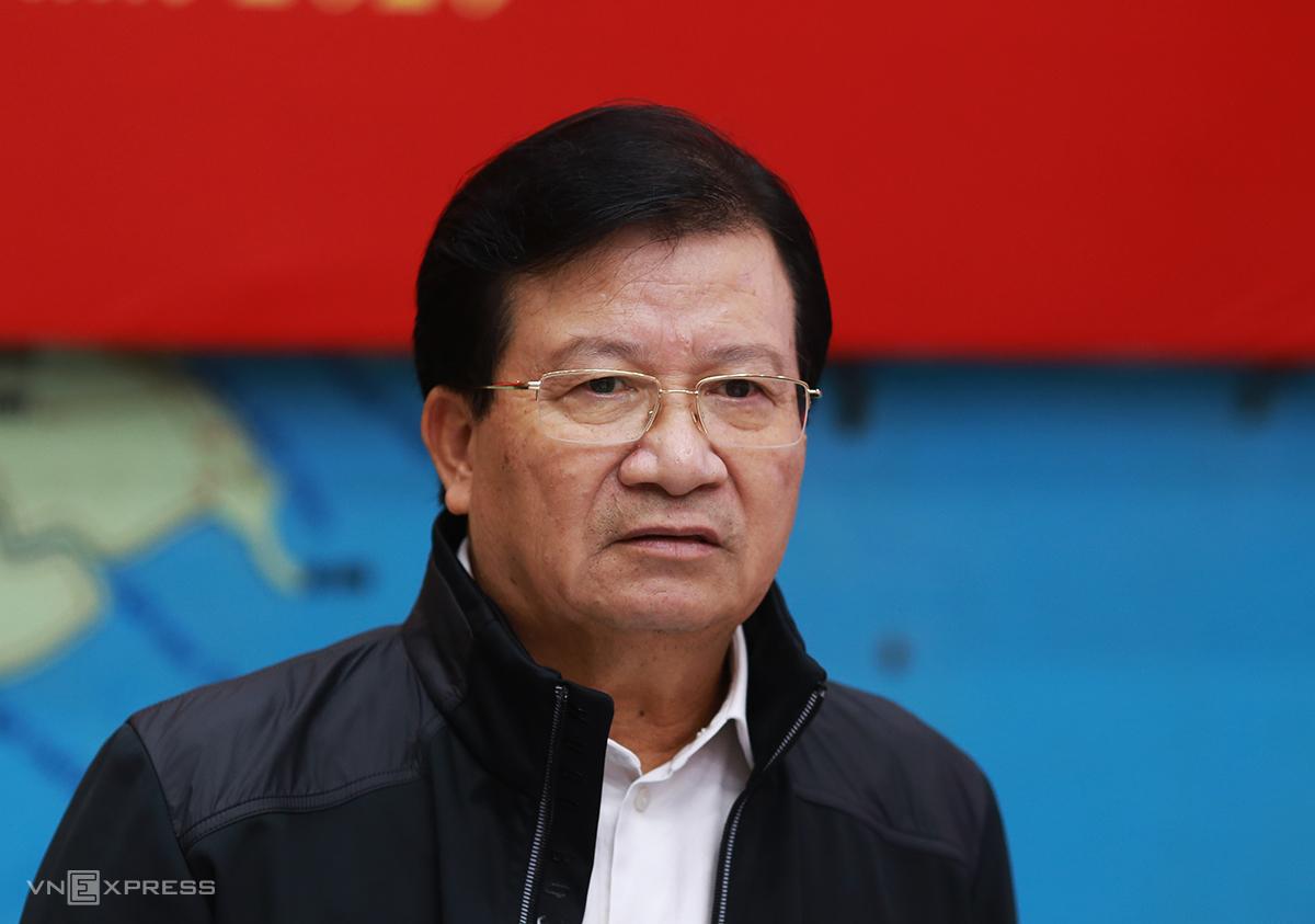 Phó Thủ tướng Trịnh Đình Dũng tại cuộc họp ứng phó bão sáng 13/11. Ảnh: Tất Định.