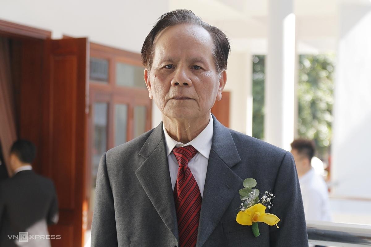 Thầy Phạm Quang Đàm trở về thăm Đại học Ngoại thương, ngày 14/11. Ảnh: Thanh Hằng