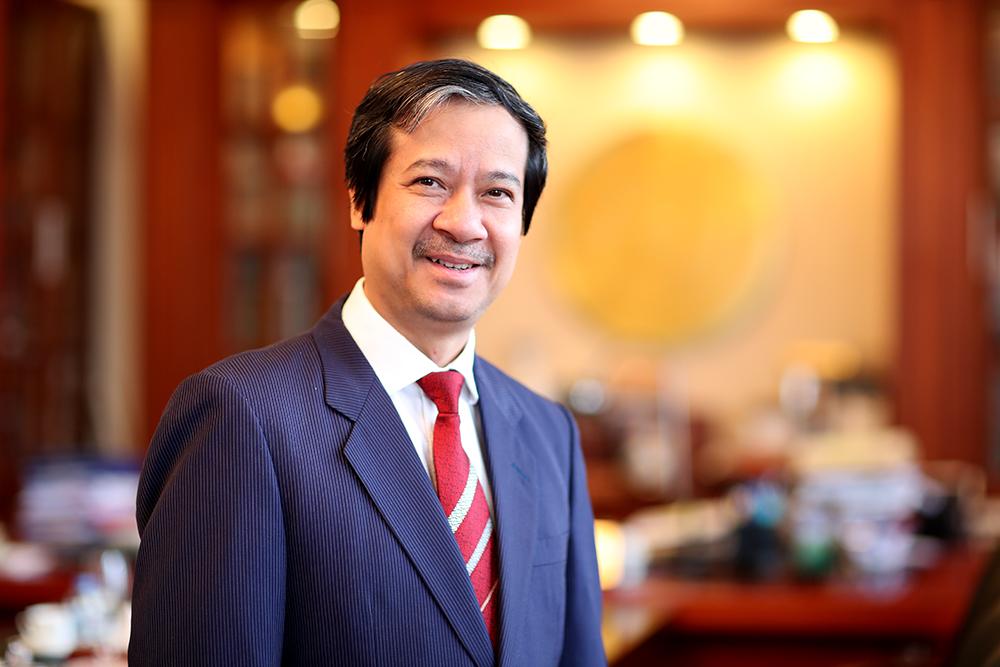 Thầy Nguyễn Kim Sơn, Bí thư Đảng úy, Giám đốc Đại học Quốc gia Hà Nội. Ảnh: VNU
