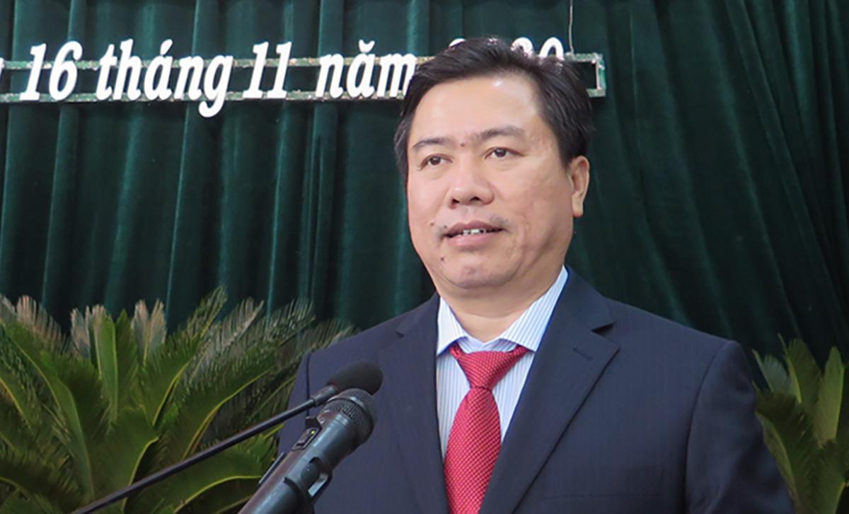 Ông Trần Hữu Thế, tân chủ tịch UBND tỉnh Phú Yên, sáng 16/11. Ảnh: Thiên Lý.