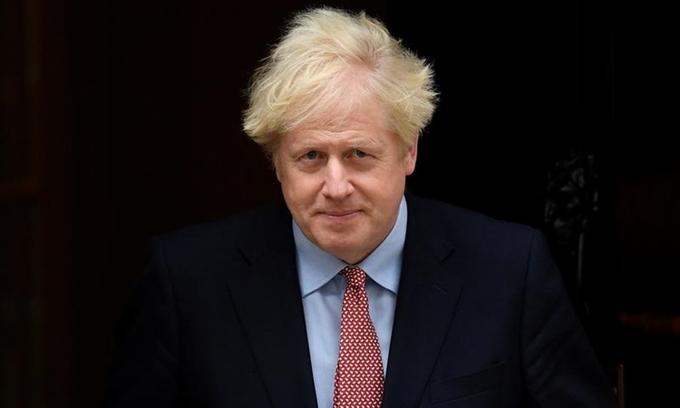 Thủ tướng Anh Boris Johnson tại phố Downing hôm 6/10. Ảnh: Reuters.