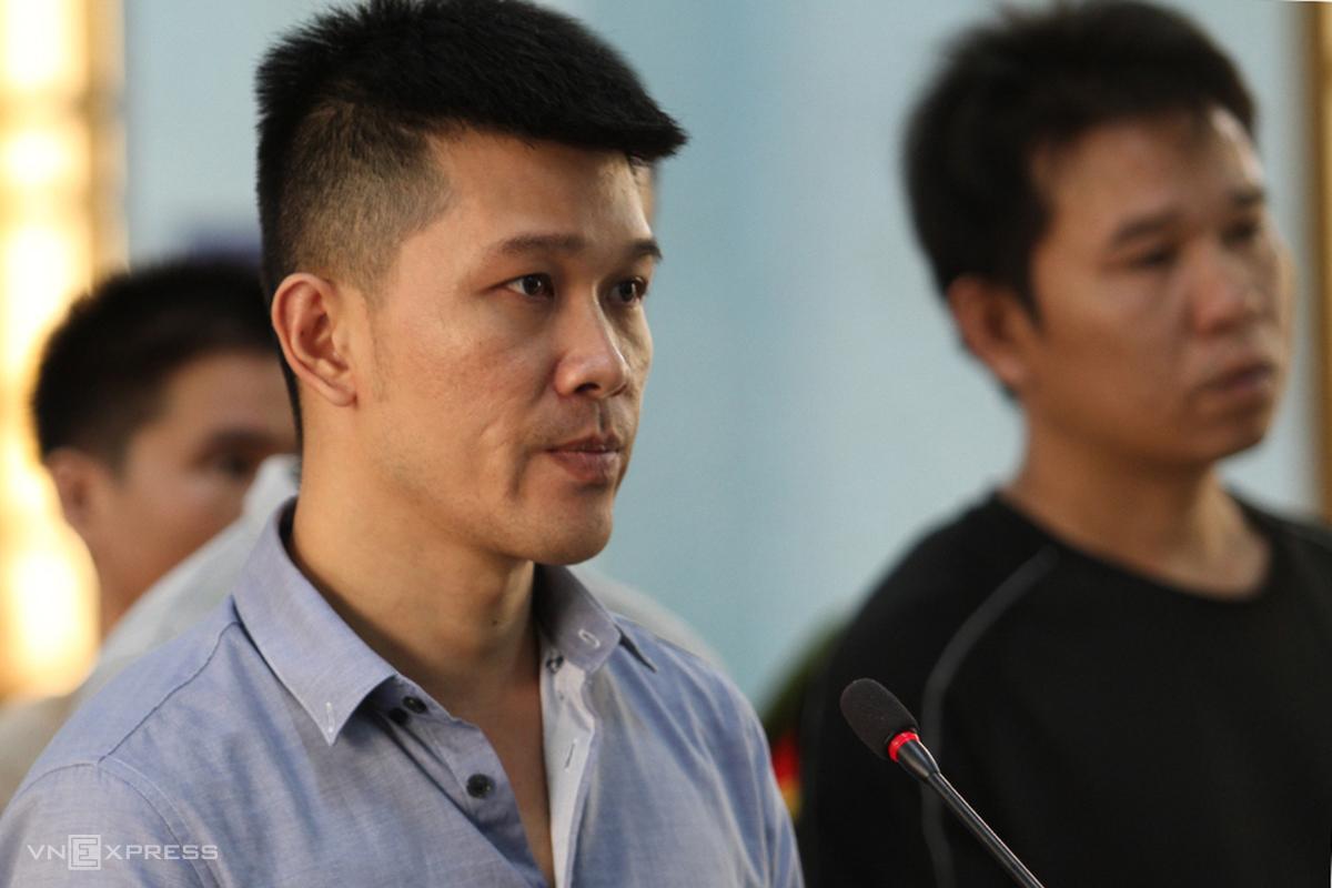 Bị và đồng phạm bị đưa ra xét xử hồi tháng 5/2020. Ảnh: Trần Hoá.