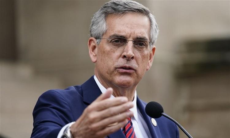 Tổng thư ký bang Georgia Brad Raffensperger phát biểu tại thành phố Atlanta ngày 11/11. Ảnh: AP.