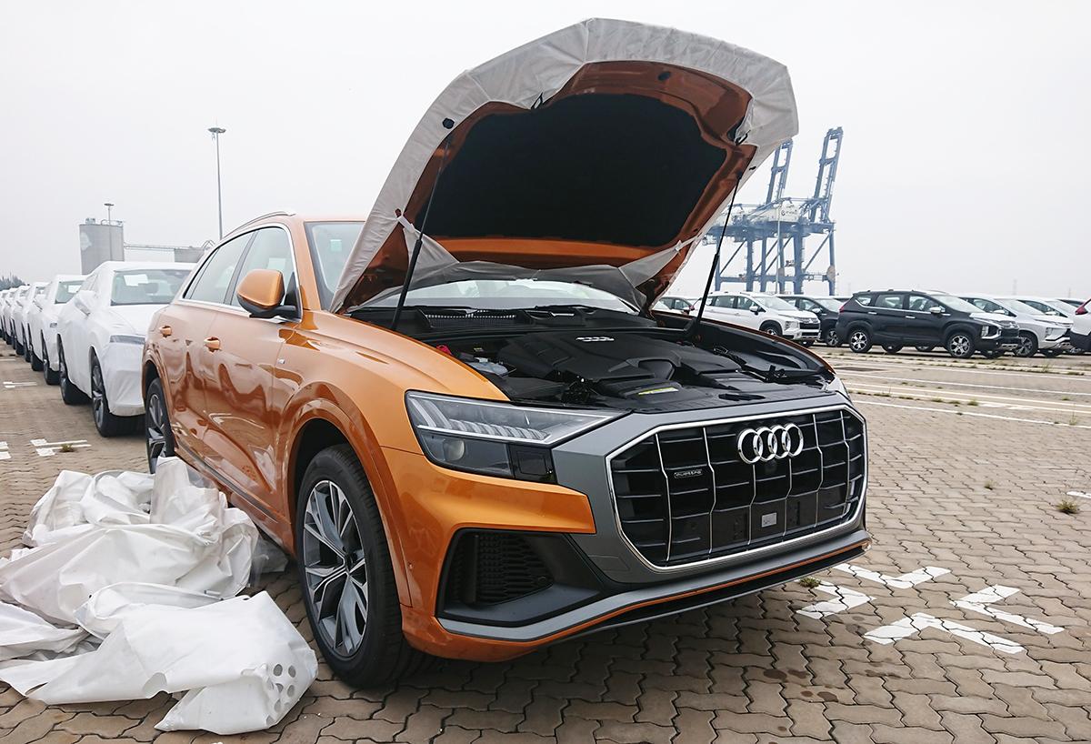 Audi A8 2021 tại cảng Sài Gòn. Ảnh: Minh Thủy