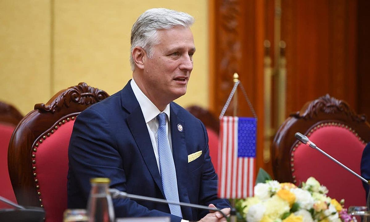 Cố vấn An ninh Quốc Gia Mỹ Robert OBrien trong cuộc gặp với Bộ trưởng Công an Tô Lâm tại Hà Nội ngày 21/11. Ảnh: ĐSQ Mỹ.