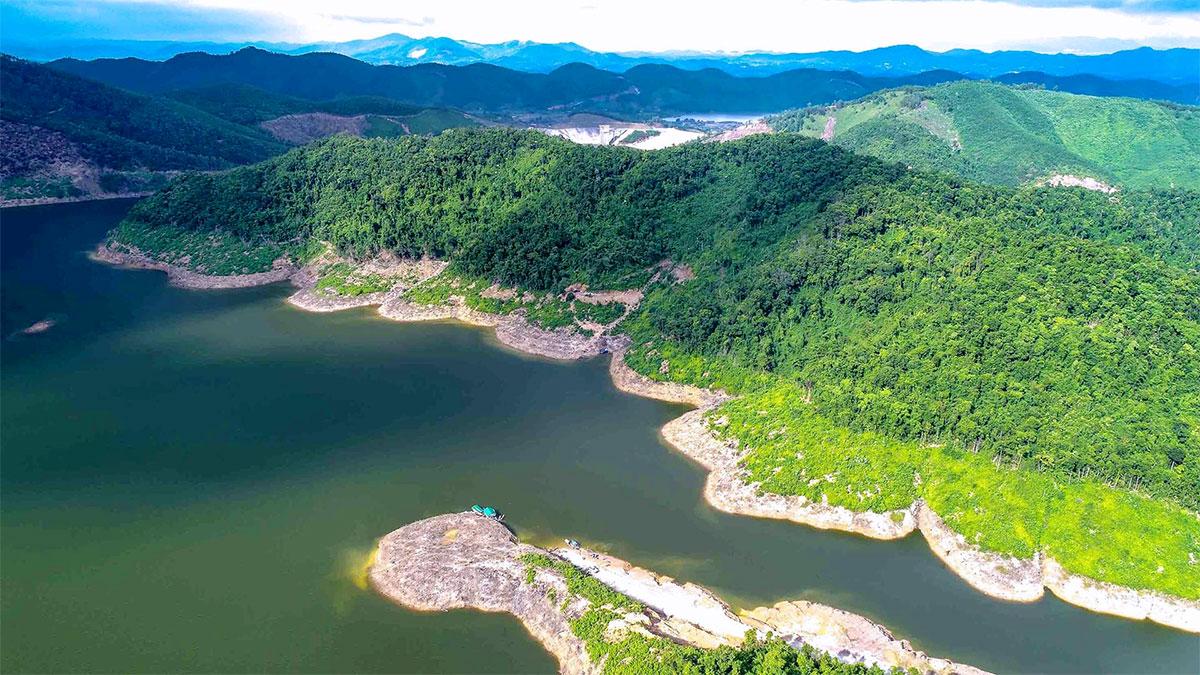 Một góc của Vườn quốc gia Vũ Quang. Ảnh: Hoàn Lập