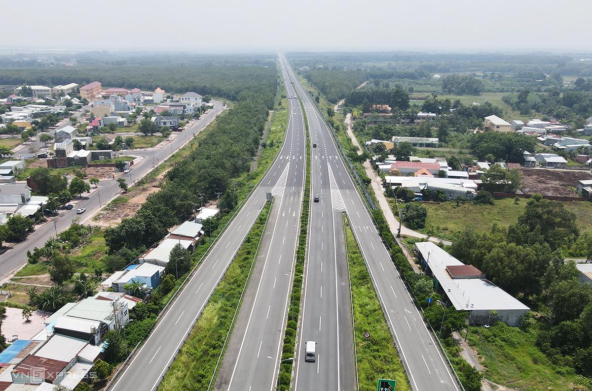 Cao tốc TP HCM - Long Thành - Dầu Giây đi qua huyện Long Thành )Đồng Nai) hồi tháng 9/2020. Ảnh: Phước Tuấn
