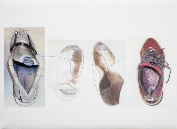 Vết máu trong giày của Britney và trong chiếc giày cỡ 14 của cửa hàng tập trung ở vị trí giống nhau. Ảnh: Murderpedia.