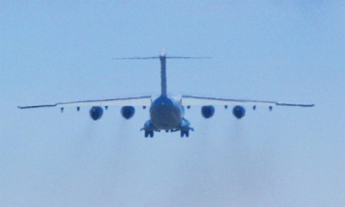 Vận tải cơ Y-20 được cho lắp 4 động cơ nội địa WS-20. Ảnh: Twitter/RupprechtDeino.
