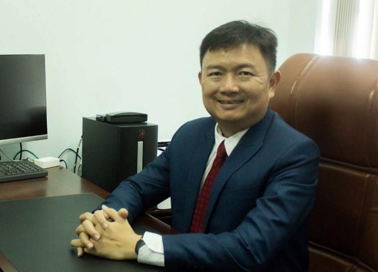 Ông Nguyễn Anh Tuấn, Hiệu trưởng trường Đại học Ngoại ngữ - Tin học TP HCM. Ảnh: HUFLIT.