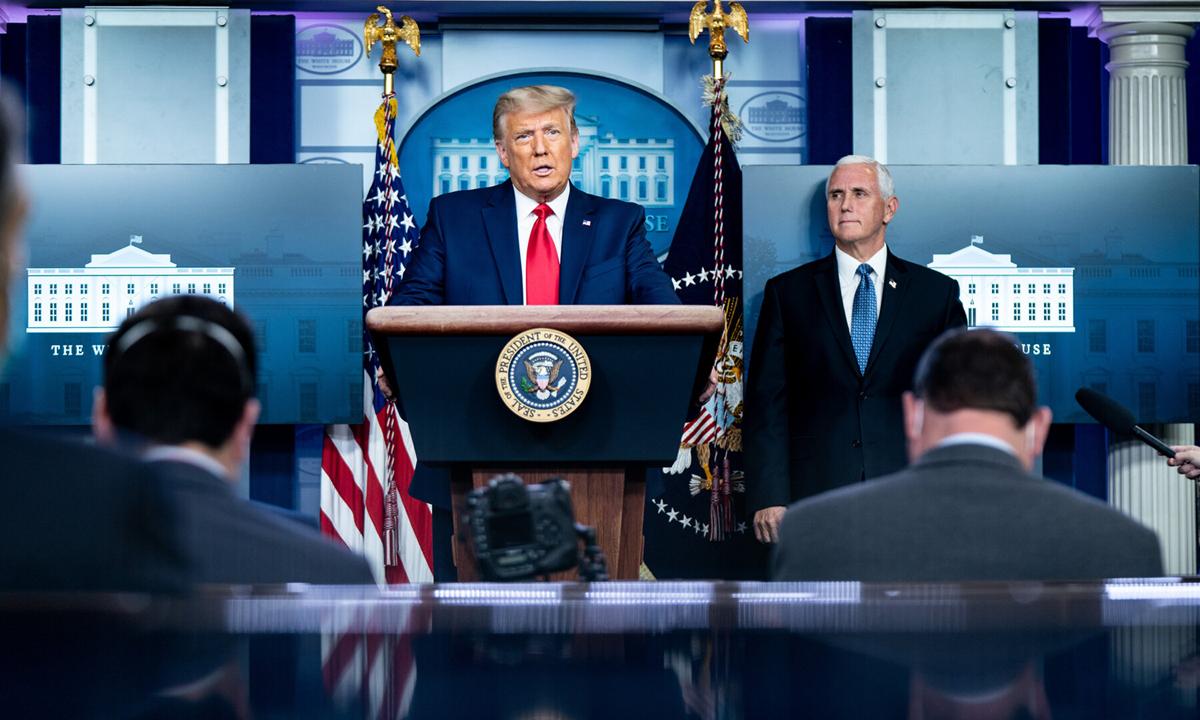Tổng thống Donald Trump phát biểu tại Nhà Trắng hôm 24/11. Ảnh: NYTimes.