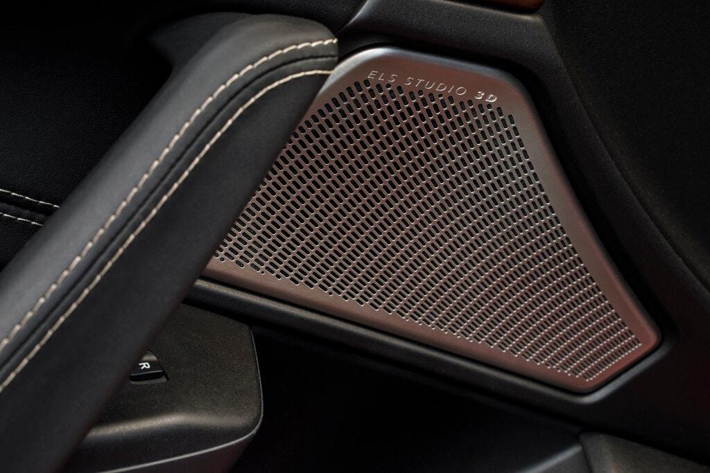 Acura TLX Advance 2021 lắp 17 chiếc loa của nó từ đầu đến cuối cabin nhằm phục vụ hệ thống âm thanh ELS Studio 3D. Ảnh: Acura.