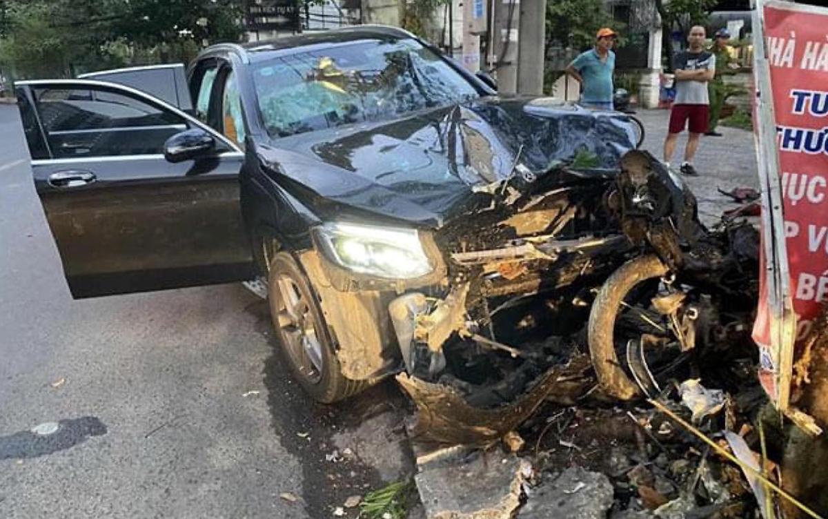 Hiện trường vụ tai nạn sáng 30/1 khiến tài xế GrabBike tử vong, chị Hường mang thương tật 79%. Ảnh: Nhân vật cung cấp.