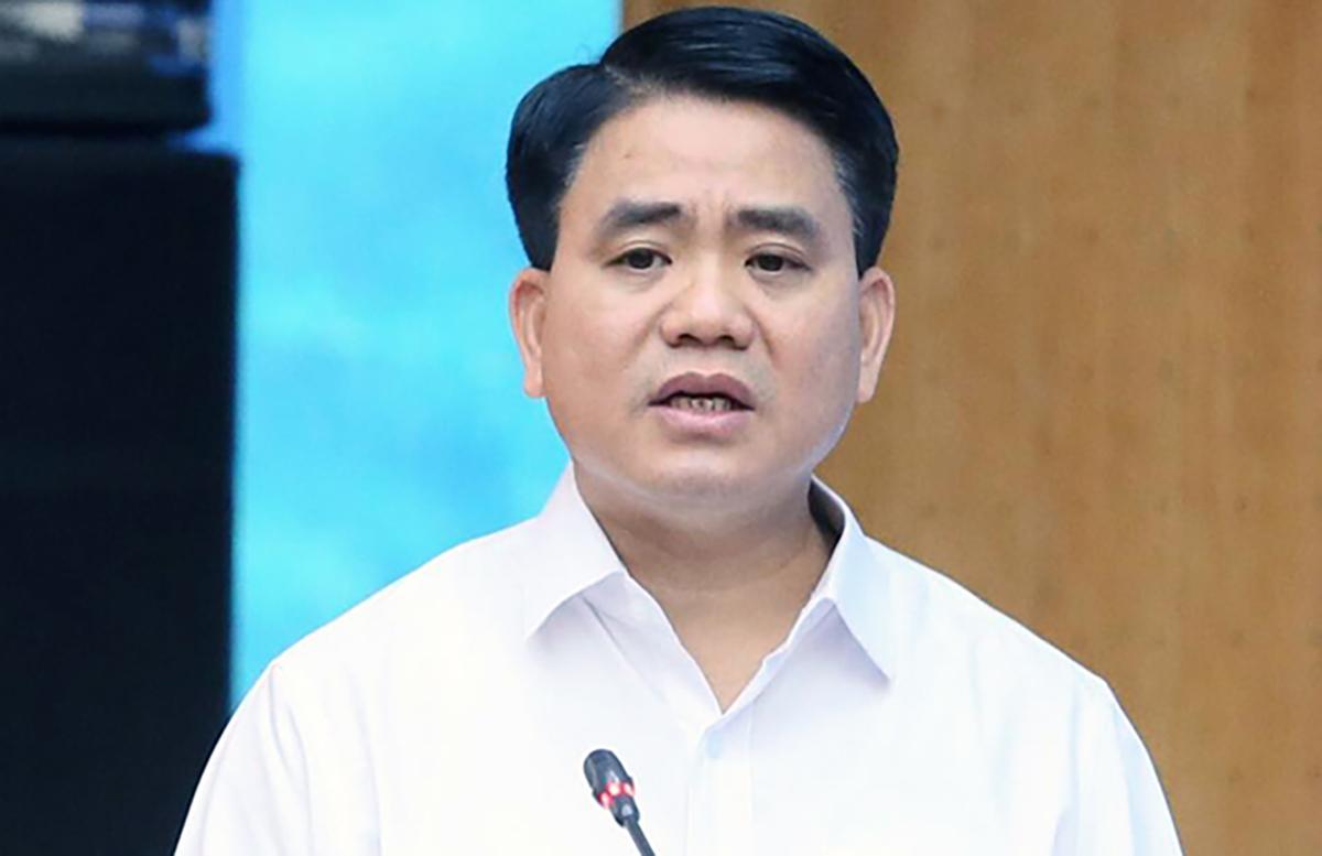 Ông Nguyễn Đức Chung phát biểu tại cuộc tiếp xúc cử tri tháng 10/2019. Ảnh:Ngọc Thắng.