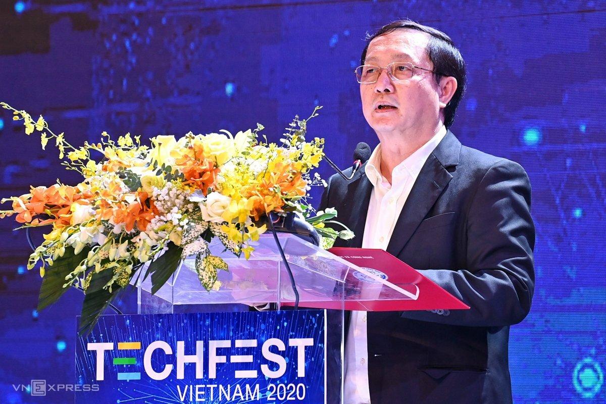 Bộ trưởng Huỳnh Thành Đạt phát biểu khai mạc. Ảnh: Giang Huy.
