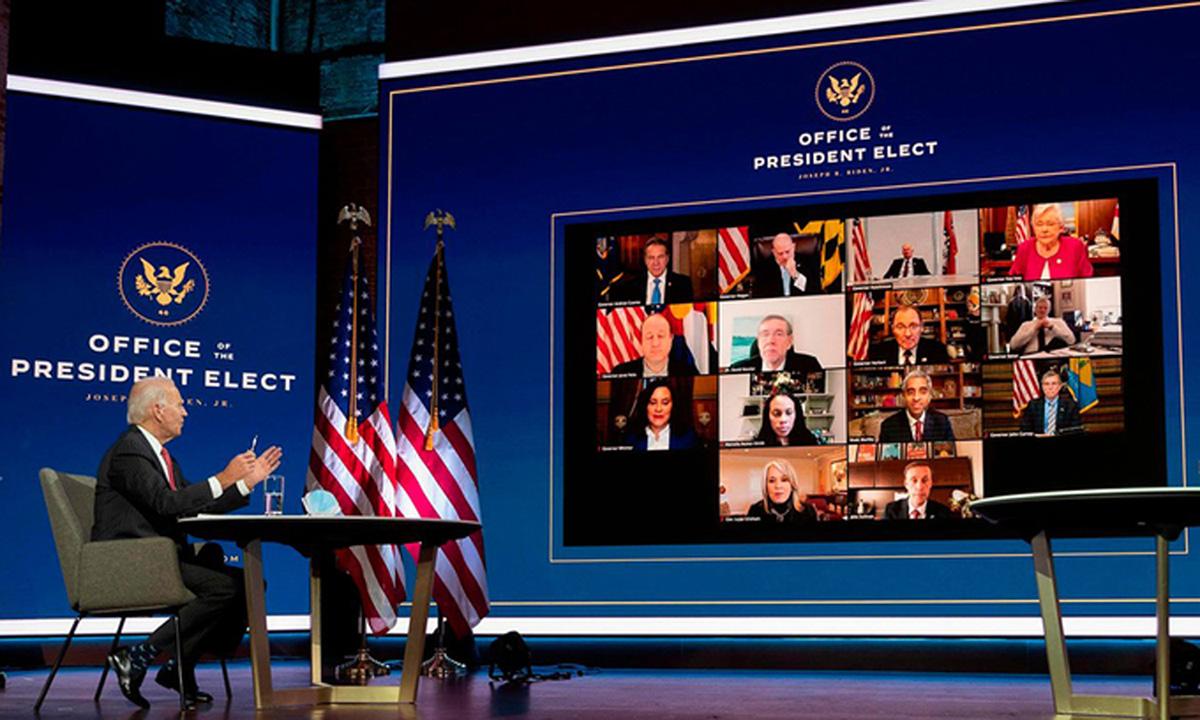 Joe Biden thảo luận trực tuyến với ủy ban điều hành Hiệp hội Thống đốc Quốc gia hôm 19/11. Ảnh: AFP.