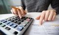 Nên đầu tư bất động sản, chứng khoán hay gửi tiết kiệm?