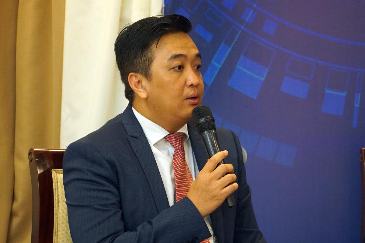 Ông Phạm Nguyễn Ngọc Tuấn, Giám đốc khối Công nghệ thông tin Tân Hiệp Phát tại hội thảo chiều 28/11. Ảnh: Mạnh Tùng.
