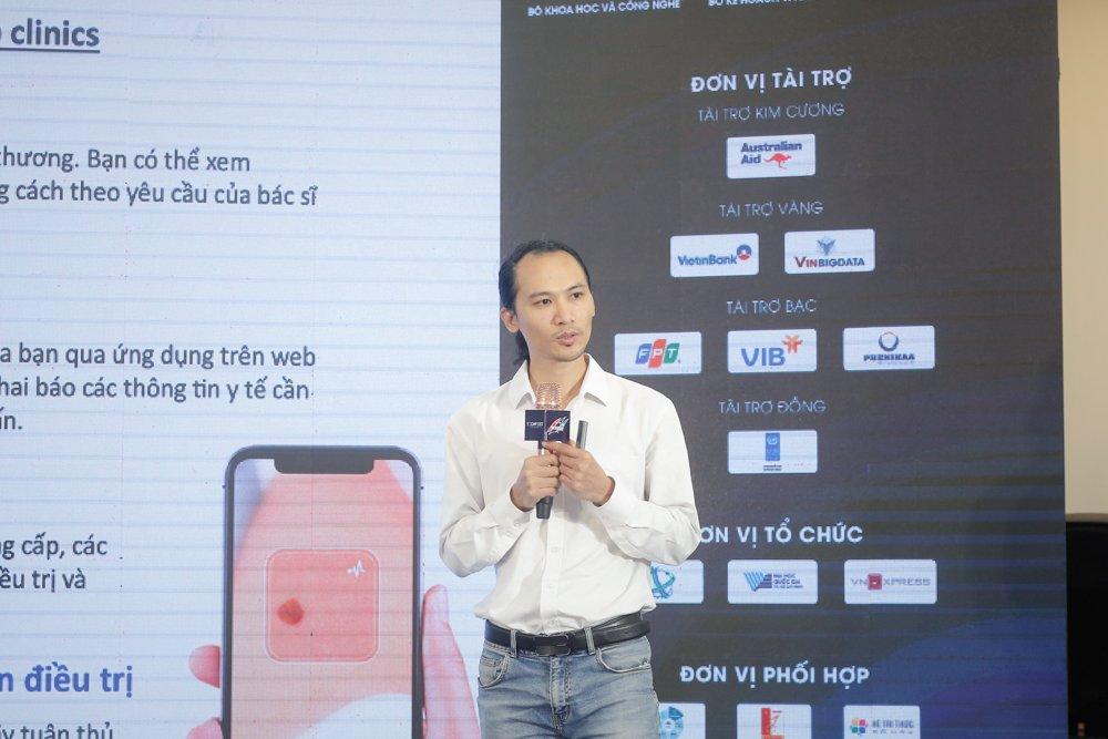 Ông Vũ Hồng Chiên giới thiệu mô hình đào tạo về nhân lực AI. Ảnh: BTC.