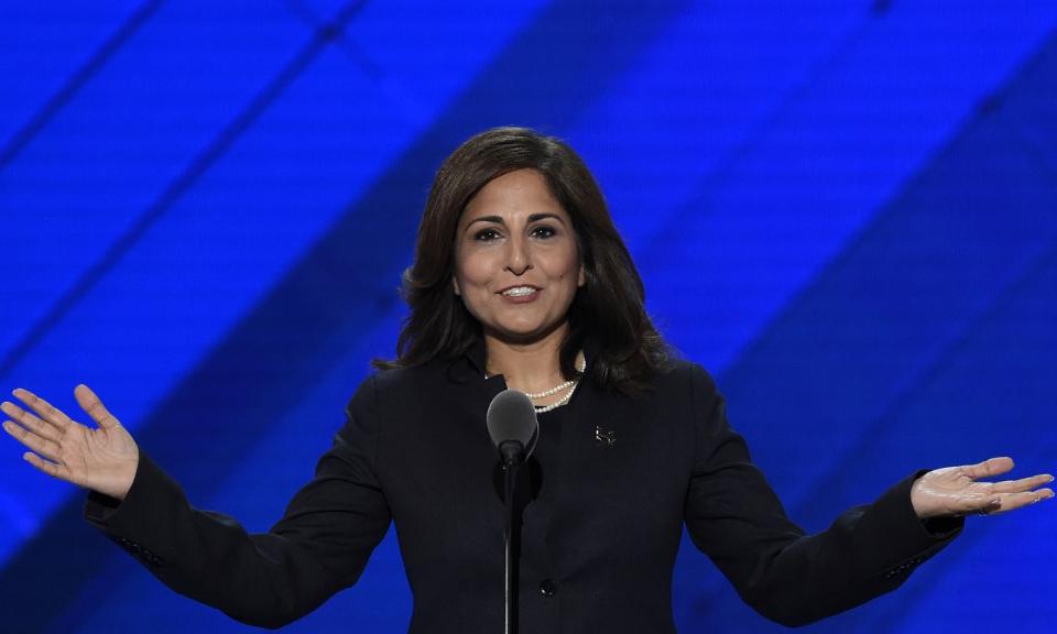 Neera Tanden, ứng viên cho chức giám đốc Văn phòng Quản lý và Ngân sách của Biden, phát biểu tại Philadelphia, bang Pennsylvania, hồi tháng 7/2016. Ảnh: AFP.