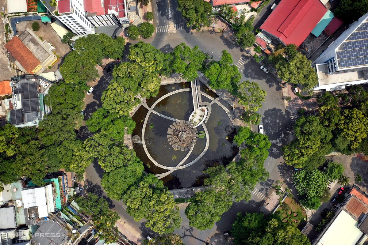 Hồ Con Rùa sẽ trở thành phố đi bộ mới của TP HCM, ảnh chụp hồi tháng 7. Ảnh: Hữu Khoa.