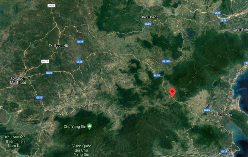 Tuyến quốc lộ 26 nối Buôn Ma Thuột (Đăk Lăk)- thị xã Ninh Hòa (Khánh Hòa) bị chia cắt, các xe buộc phải đi vòng quốc lộ 26 qua Tuy Hòa. Ảnh: Google maps.
