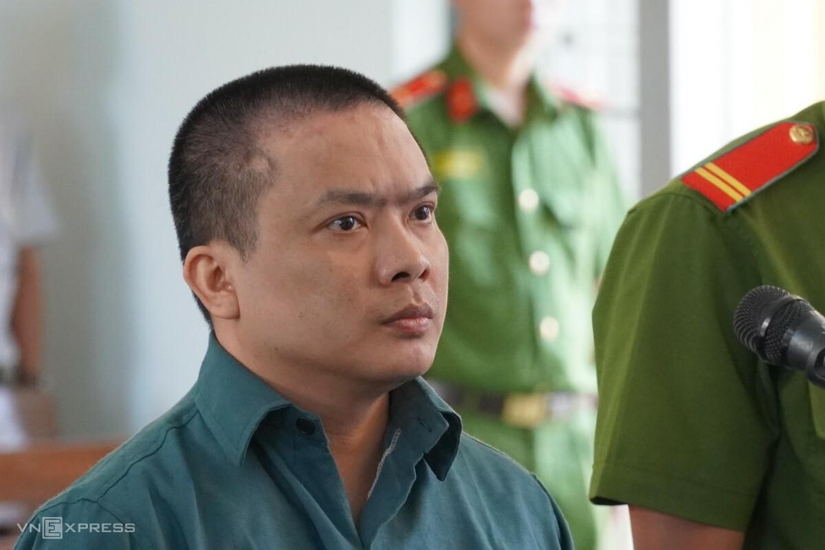 Phiên tòa xét xử Hiển đã tạm dừng ngày 21/7 để điều tra bổ sung. Ảnh: Việt Quốc.