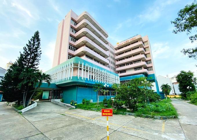 Cơ sở cách ly nhân viên hàng không của Vietnam Airlines tại phường Hồng Hà, quận Tân Bình, TP HCM đã tạm dừng hoạt động. Ảnh: VNA.