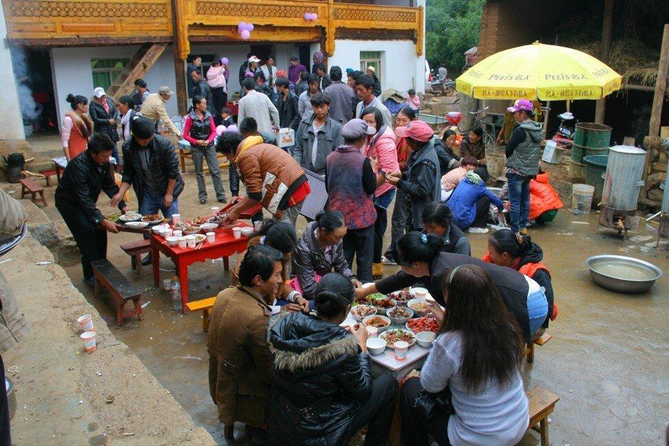 Tiệc cưới truyền thống ở Lệ Giang, Trung Quốc. Ảnh: Shutterstock.