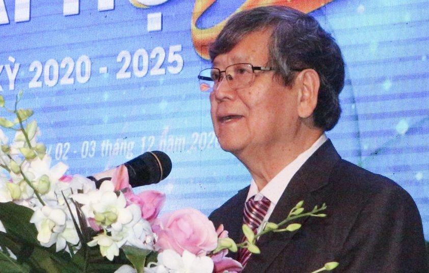 TS Vũ Ngọc Hoàng phát biểu tại đại hội Hiệp hội các trường đại học, cao đẳng Việt Nam sáng 3/12. Ảnh: Thanh Thanh