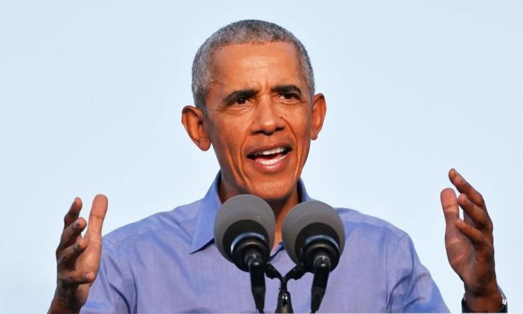 Cựu tổng thống Mỹ Barack Obama vận động tranh cử giúp ông Joe Biden ở Philadelphia hồi tháng 10. Ảnh: CNBC.