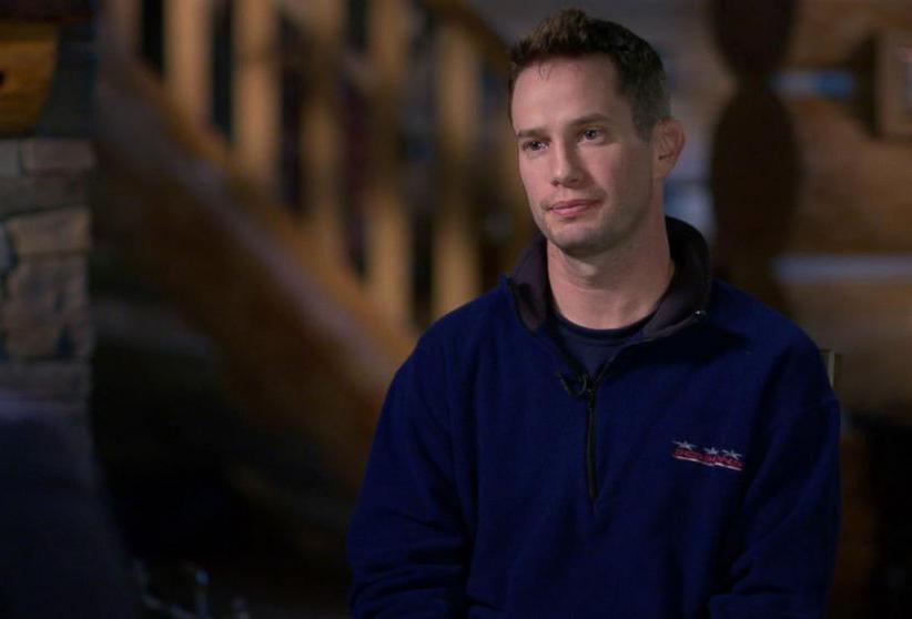 Keith thường xuất hiện thay vợ trong những cuộc phỏng vấn. Ảnh: ABC News.