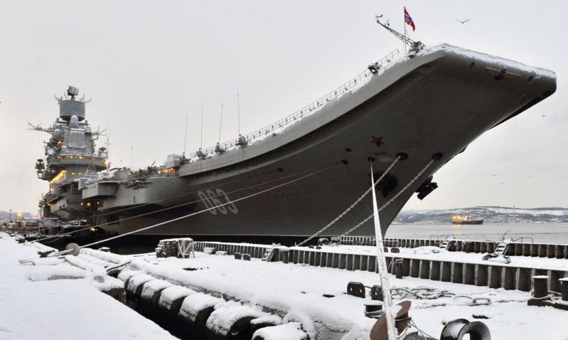 Tàu sân bay Đô đốc Kuznetsov tại cảng Murmansk hồi năm 2019. Ảnh: TASS.