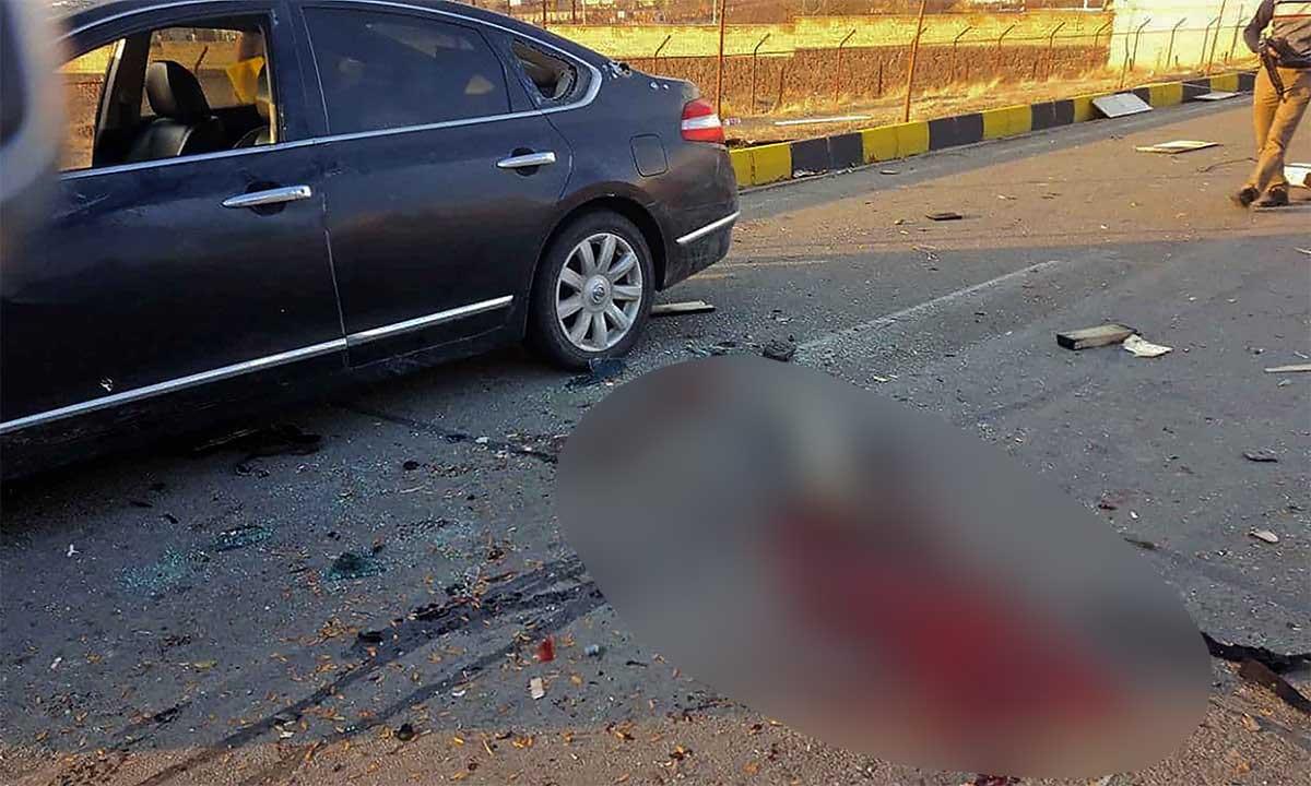 Hiện trường vụ ám sát nhà khoa học hạt nhân Mohsen Fakhrizadeh gần thủ đô Tehran, Iran, ngày 27/11. Ảnh: AFP.