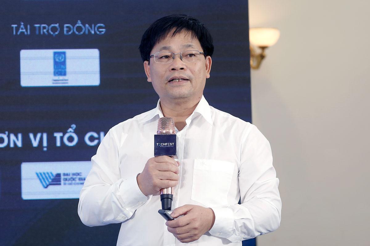 GS Nguyễn Thanh Thủy chia sẻ thông tin về phát triển nguồn nhân lực AI. Ảnh: BTC.