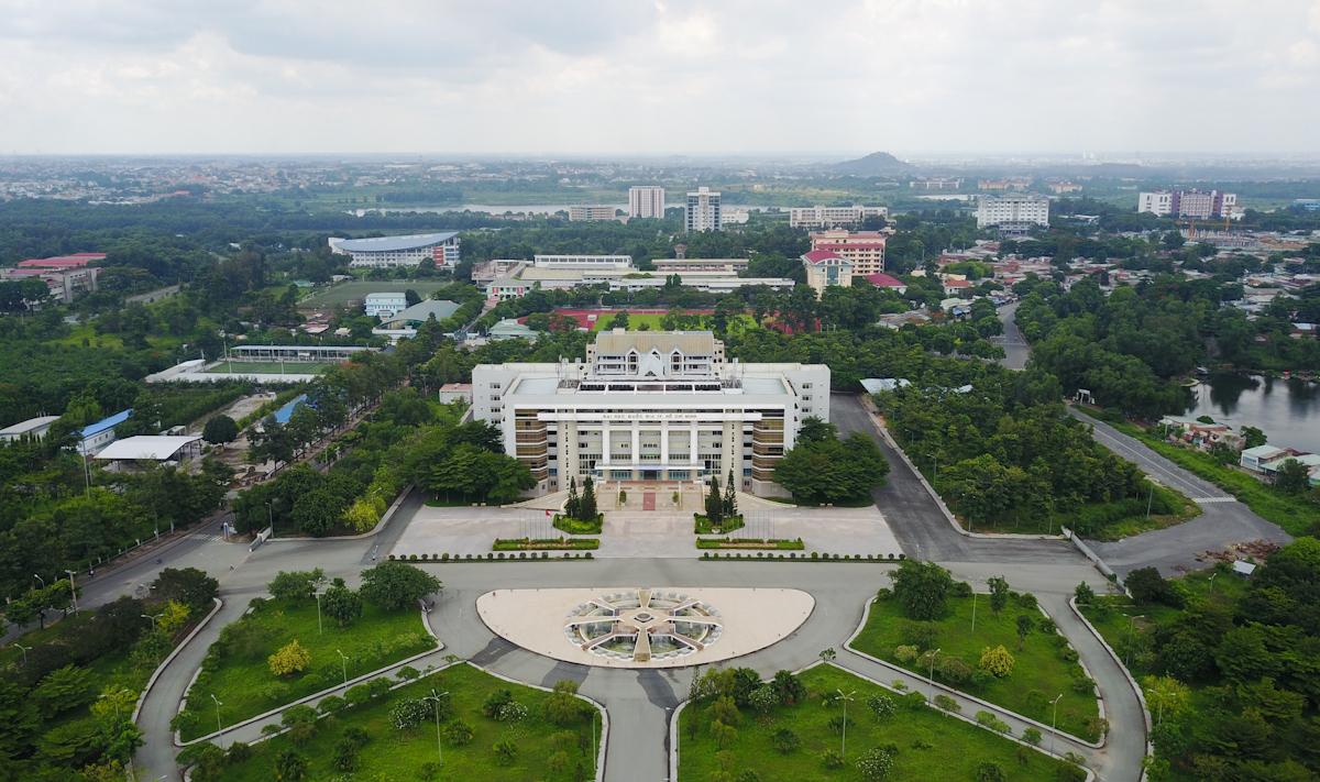 Khu đô thị Đại học Quốc gia TP HCM nằm giáp ranh  quận Thủ Đức, TP HCM và TP Dĩ An, Bình Dương. Ảnh: Quỳnh Trần.